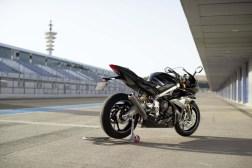 Triumph-Daytona-Moto2-765-08