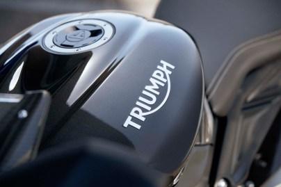 Triumph-Daytona-Moto2-765-USA-Canada-01