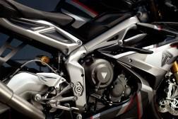 Triumph-Daytona-Moto2-765-USA-Canada-06