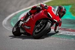 2020-Ducati-Panigale-V2-07
