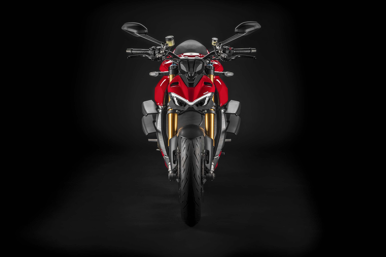 2020-Ducati-Streetfighter-V4-10