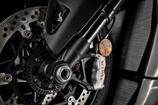 2020-Ducati-Streetfighter-V4-20