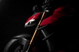 2020-Ducati-Streetfighter-V4-29