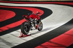 2020-Ducati-Streetfighter-V4-47