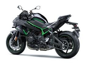 2020-Kawasaki-Z-H2-25