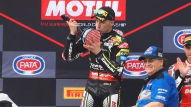 Jonathan-Rea-2019-WorldSBK-Champion-72