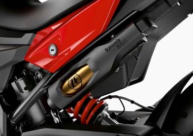 2020-BMW-F900XR-53