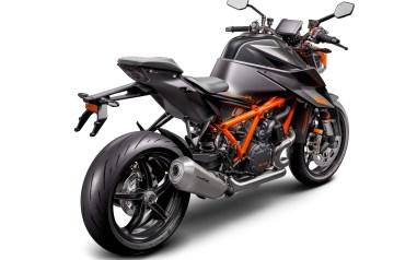 2020-KTM-1290-Super-Duke-R-07