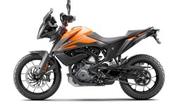 2020-KTM-390-Adventure-04