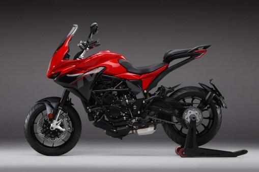 2020-MV-Agusta-Turismo-Veloce-800-Rosso-01