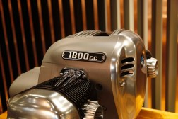 BMW-R18-boxer-engine-03