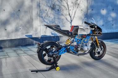 Scott-Kolb-BMW-race-bike-Gregor-Halenda-12