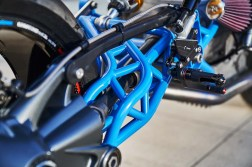 Scott-Kolb-BMW-race-bike-Gregor-Halenda-15