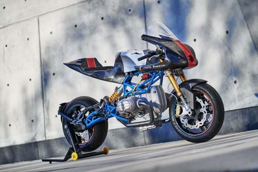 Scott-Kolb-BMW-race-bike-Gregor-Halenda-16