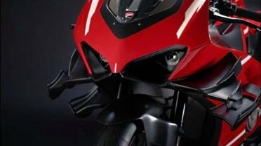 2020-Ducati-Superleggra-V4-leak-08