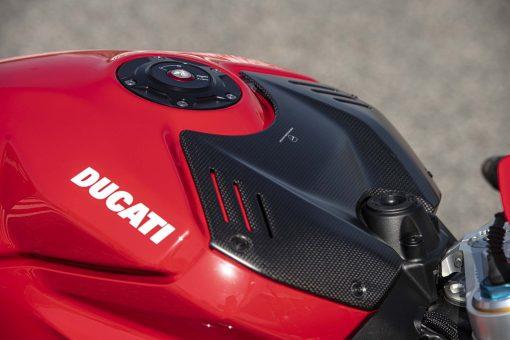 2020-Ducati-Panigale-V4-S-104