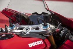 2020-Ducati-Panigale-V4-S-113