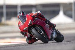 2020-Ducati-Panigale-V4-S-14