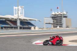 2020-Ducati-Panigale-V4-S-24