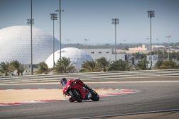 2020-Ducati-Panigale-V4-S-35
