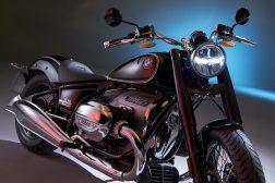 2020-BMW-R18-studio-01