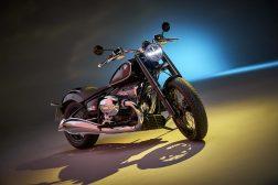 2020-BMW-R18-studio-15