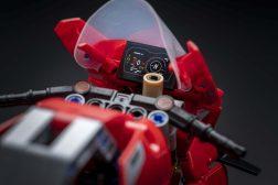 Ducati-Panigale-V4-R-Lego-model-08