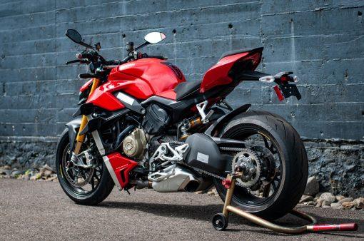 2020-Ducati-Streetfighter-V4-S-Jensen-Beeler-03