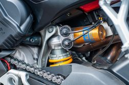 2020-Ducati-Streetfighter-V4-S-Jensen-Beeler-11