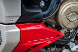 2020-Ducati-Streetfighter-V4-S-Jensen-Beeler-24