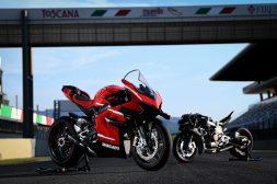 2020-Ducati-Superleggera-V4-14