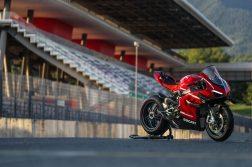 2020-Ducati-Superleggera-V4-20
