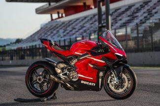 2020-Ducati-Superleggera-V4-35
