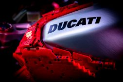 Ducati-Panigale-V4-R-lego-build-04