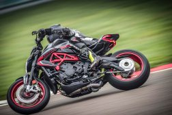 2021-MV-Agusta-Dragster-800-RC-SCS-06