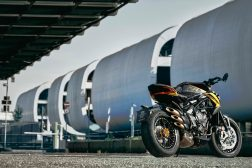 2021-MV-Agusta-Dragster-800-RC-SCS-13