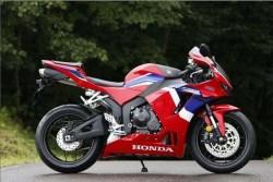 2021-Honda-CBR600RR-05