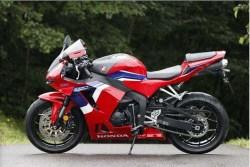 2021-Honda-CBR600RR-06