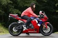 2021-Honda-CBR600RR-12