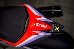 Aprilia-Tuono-V4-X-hi-res-30