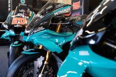 Petronas-Yamaha-YZF-R1-MotoGP-replica-06