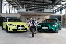 2021-BMW-M1000RR-superbike-64