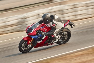 2021-Honda-CBR1000RR-R-Fireblade-SP-press-launch-14