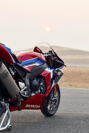 2021-Honda-CBR1000RR-R-Fireblade-SP-press-launch-36