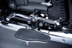 2021-BMW-R18-Classic-45