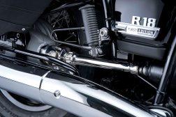 2021-BMW-R18-Classic-51