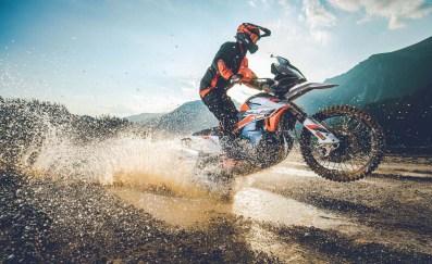 2021-KTM-890-Adventure-R-Rally-17