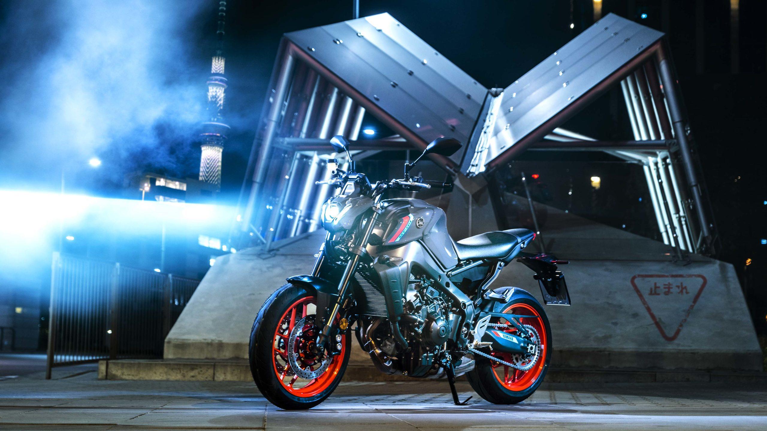 2021-Yamaha-MT-09-Europe-29