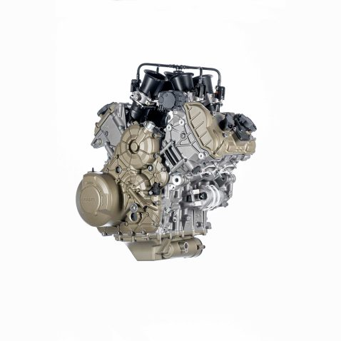 Ducati-V4-Granturismo-engine-01