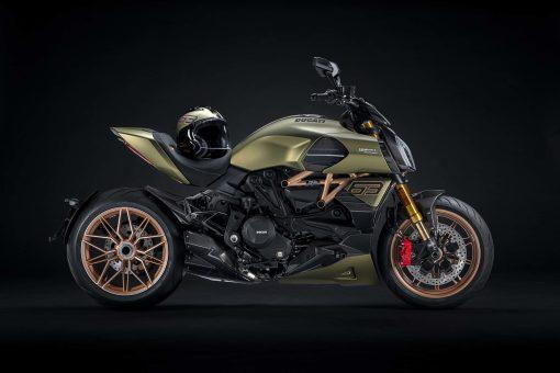 2021-Ducati-Diavel-1260-Lamborghini-11